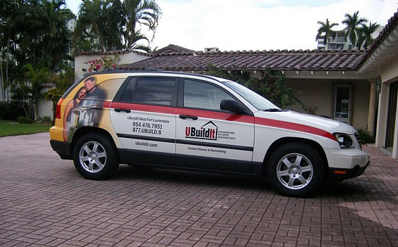 Car vinyl wraps installed on an SUV for UBuildit in Florida