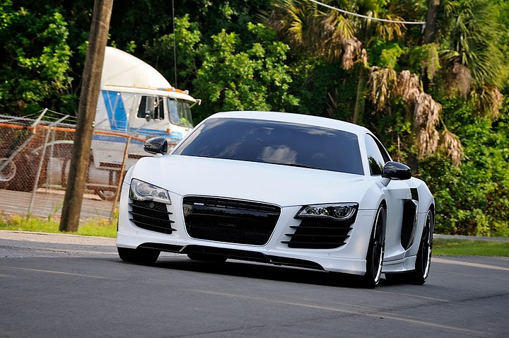 Skinzwraps Stormtrooper White on an Audi R8 in Miami, FL
