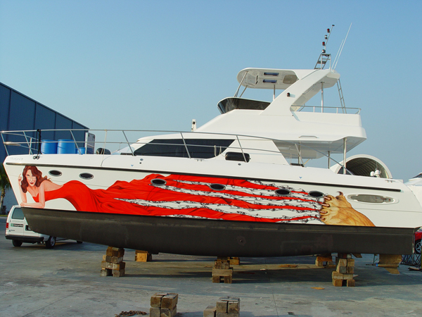 Custom Vinyl boat wraps for Miami Sugar Daddy in FL