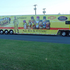 Vinyl-graphic-wraps-on-a-race-hauler-for-Slammers